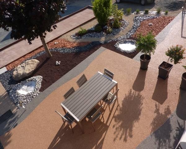 S jour de confort en h bergement commune for Terrain de petanque dans son jardin